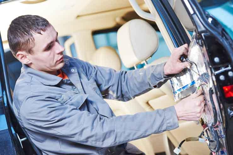 Autotür Reparatur